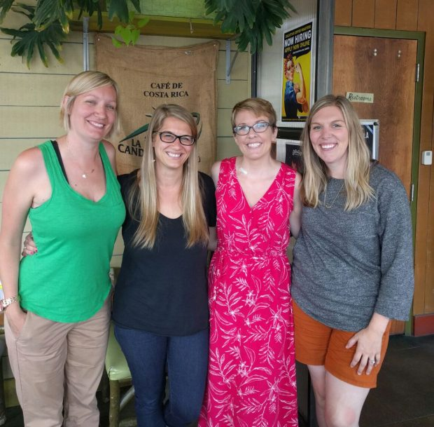 Andrea, Mary, Me and Lindsay. Great time catching up with some of my favorite ladies!